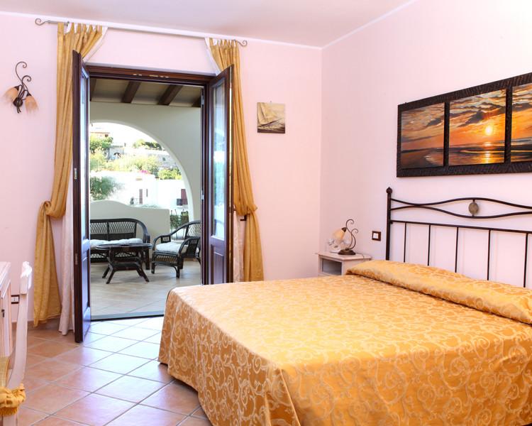 borgo-eolie-hotel-lipari-camera-quadrupla